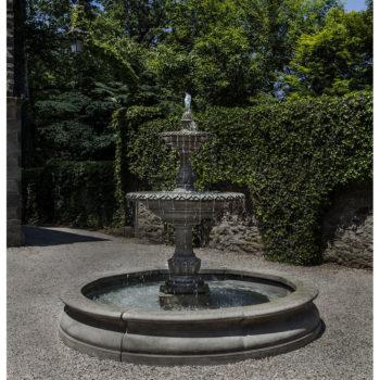 Kinsey Garden Decor Charleston Estate Fountain