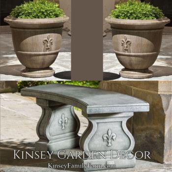 Kinsey Garden Decor Fleur de Lis set