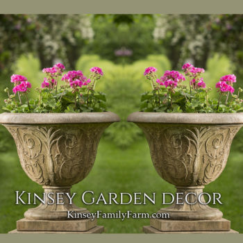 Kinsey Garden Decor Palais Arabesque Urn set