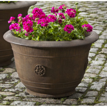 Kinsey Garden Decor Brenta Planter
