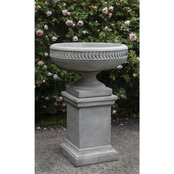 Kinsey Garden Decor Chatham Urn