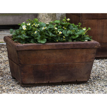 Kinsey Garden Decor Vendange Planter Low